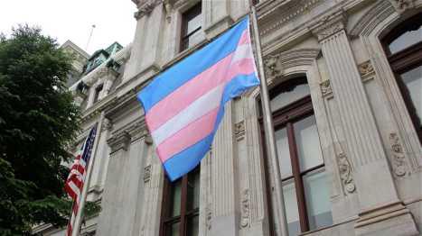 l_trans-flag (1)