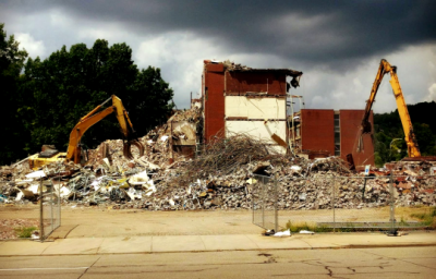 Penn Plaza Apartments are torn down to make space for East Liberty Marketplace. Photo credit: Angelica Walker